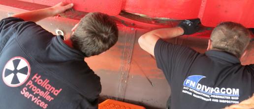 rudder seal repair